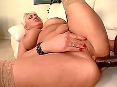 Blonde granny gets cumload in mouth