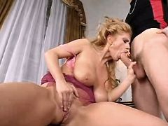 Mature sucks dick and gets titsfuck