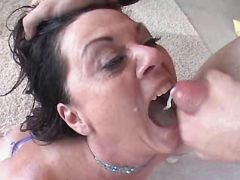 Aged mom fucks n gets cum in mouth