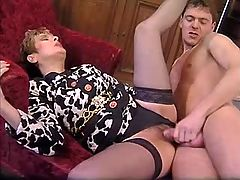 Mature gets cum after hot anal fuck