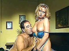 Gorgeous blond milf seduces old guy