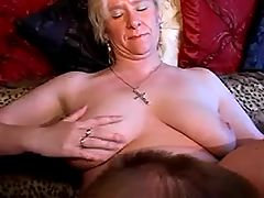 Man and milf lick pussy of granny